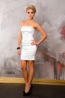 модели классического маленького черного платья